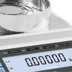 Calibração de balança analítica